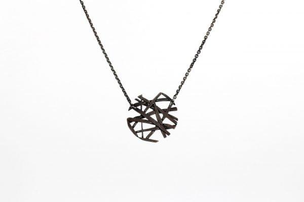Lizzy-snowflake-pendant